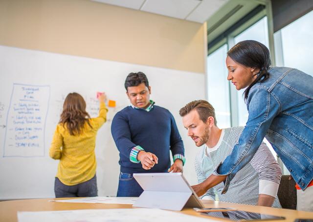 digital health karriere cerner qualifikationen